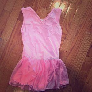 Girl's leotard, pink, size L